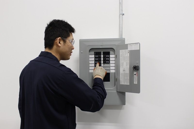 Fan Coil Installation - Disconnecting Power at Breaker Panel